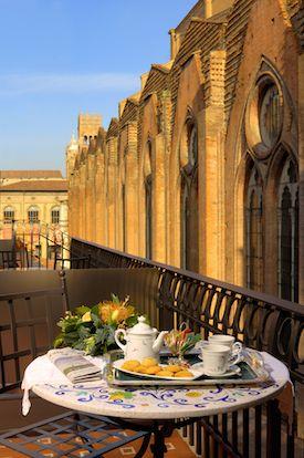 Art Hotel Commercianti Bologna Italy