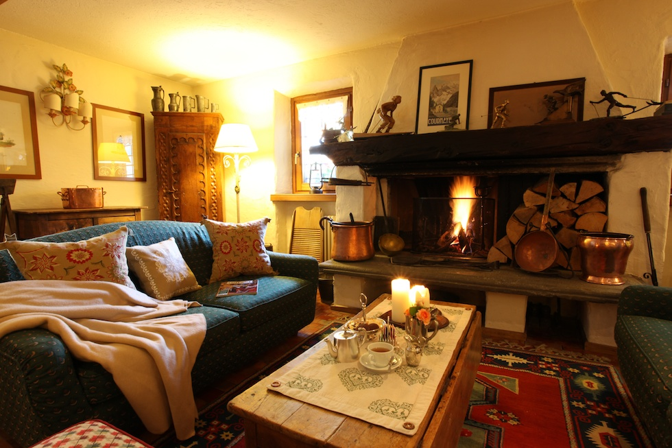 Winter holiday in the snow where to stay italy magazine for Auberge de la maison tripadvisor