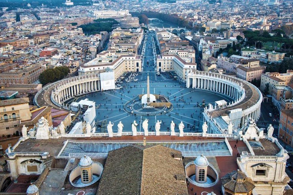 Vatican City: Sacred Heart Of The Roman Catholic Church