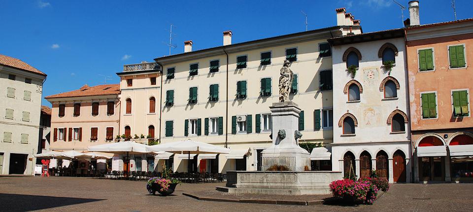 Cividale del friuli italy magazine for Piazza del friuli