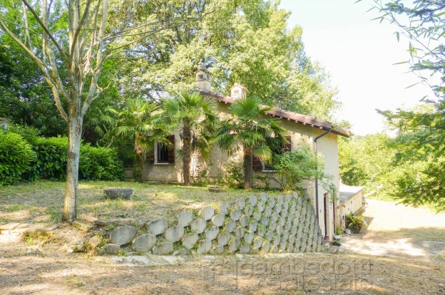 urbino house for sale