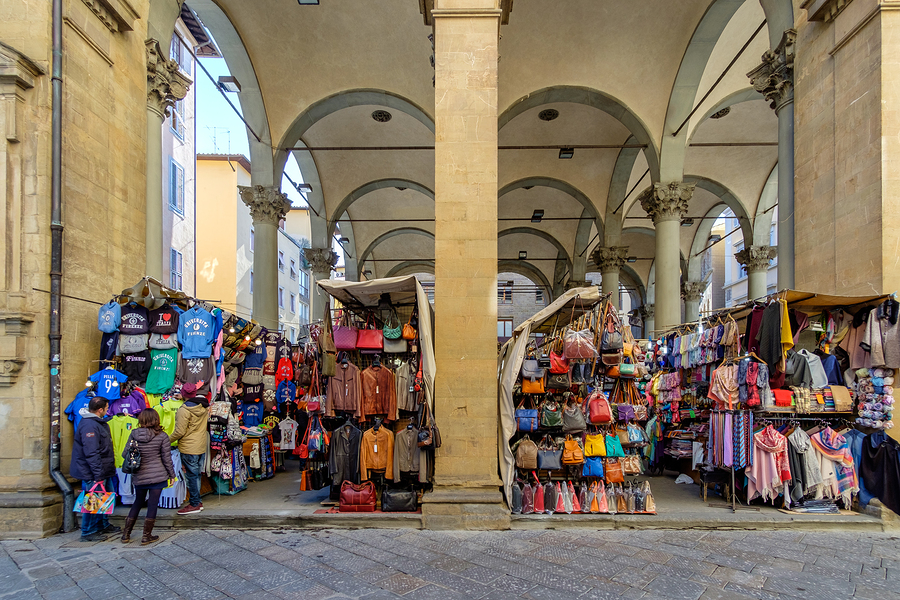 965dd3ee47b5ad The Mercato Nuovo is also known as the