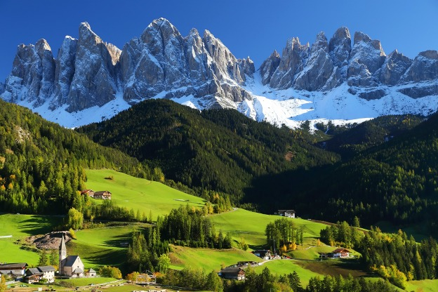 Top destinations to visit in italy this summer italy for Best view of dolomites