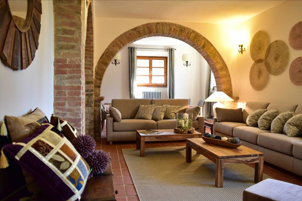 The communal living room at Villa San Michele B&B