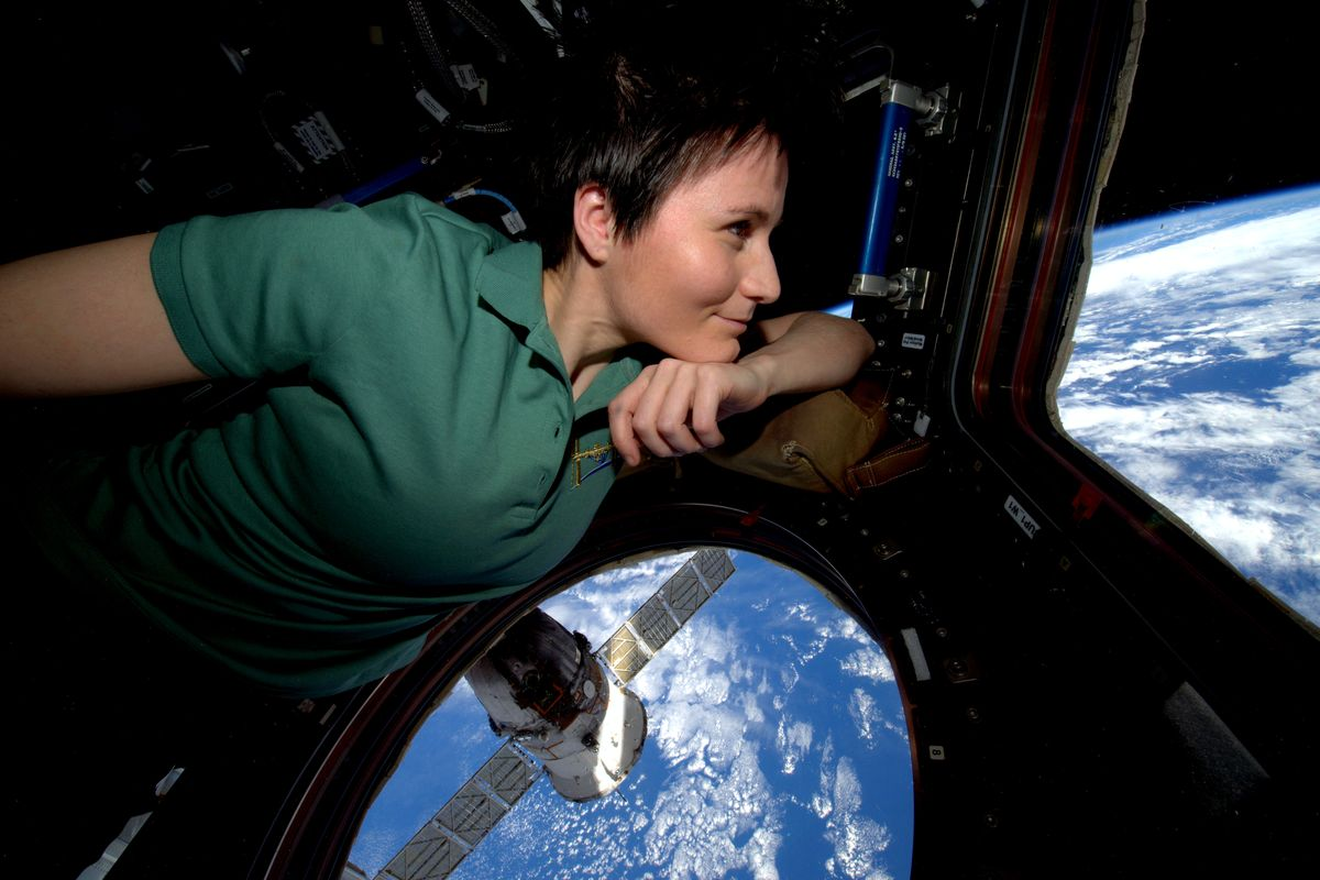 Samantha Cristoforetti looking into space from the ISS