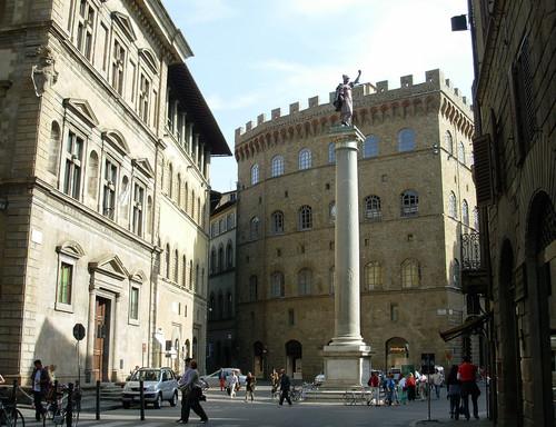 Piazza Santa Trinità