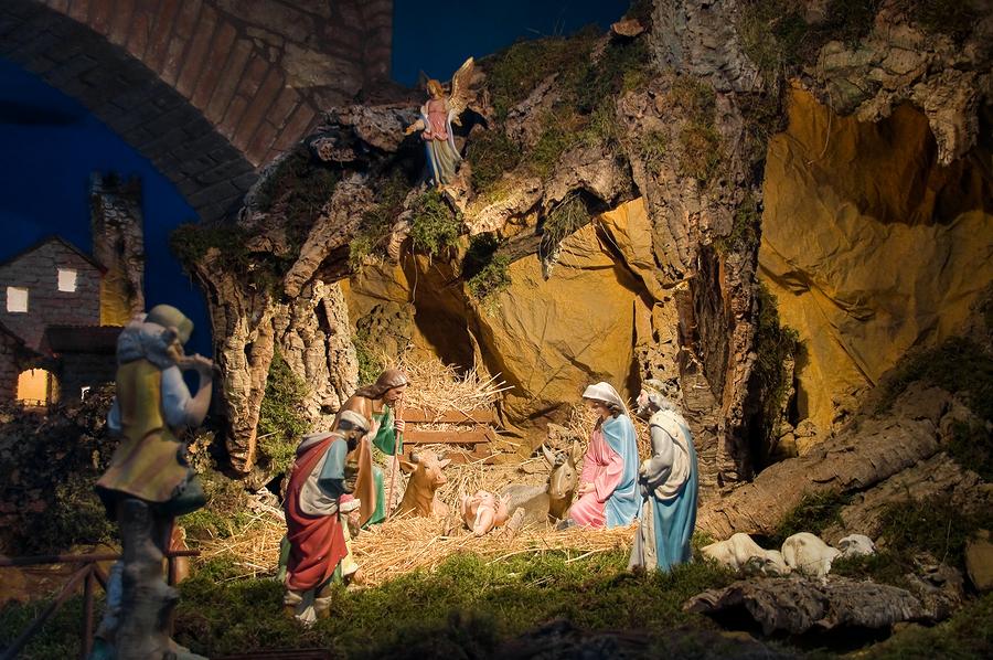 italian christmas decorations il presepio italy magazine