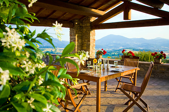 Italian country cottages italy magazine for Italian country home plans