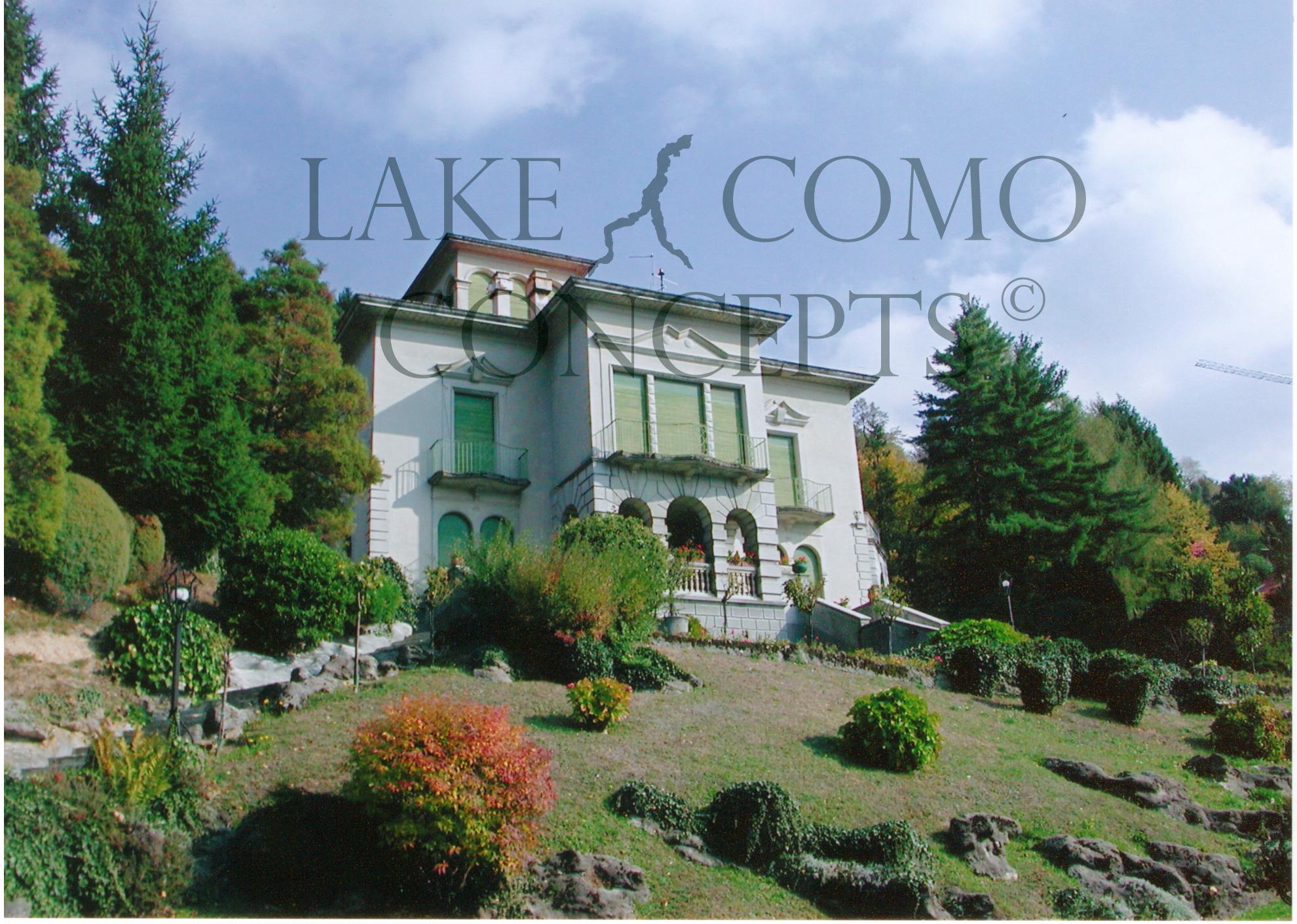Liberty villa just reduced to 1m italy magazine for Concept villa