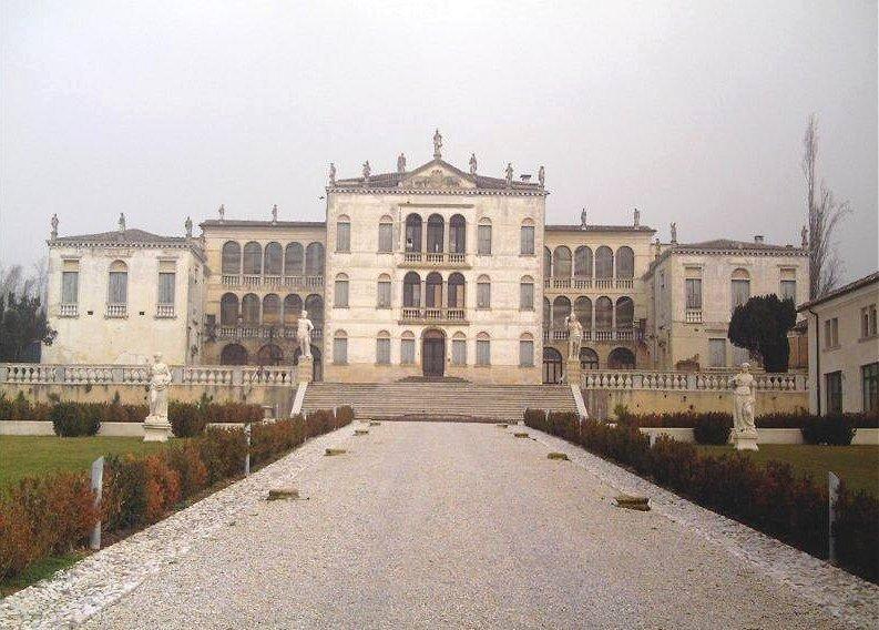 Asolo Veneto Region Property In Restored Venetian Villa