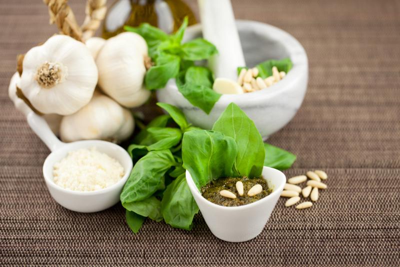 Recipe for Pesto alla Genovese | ITALY Magazine