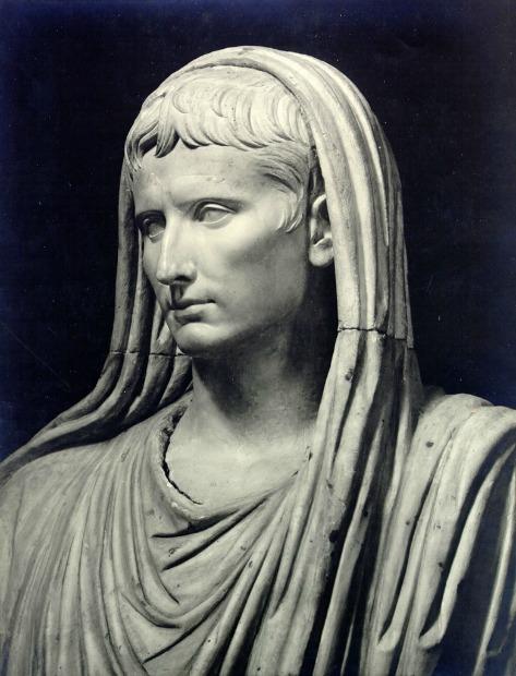 the life story of gaius julius octavius