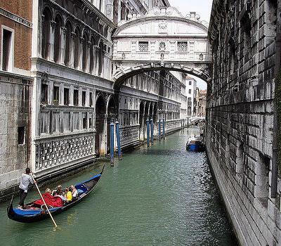 Venice S Bridge Of Sighs Restored Italy Magazine