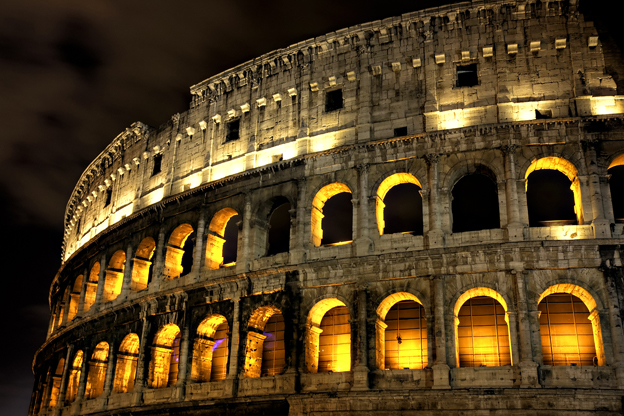 Rome's Colosseum Reopens At Night   ITALY Magazine