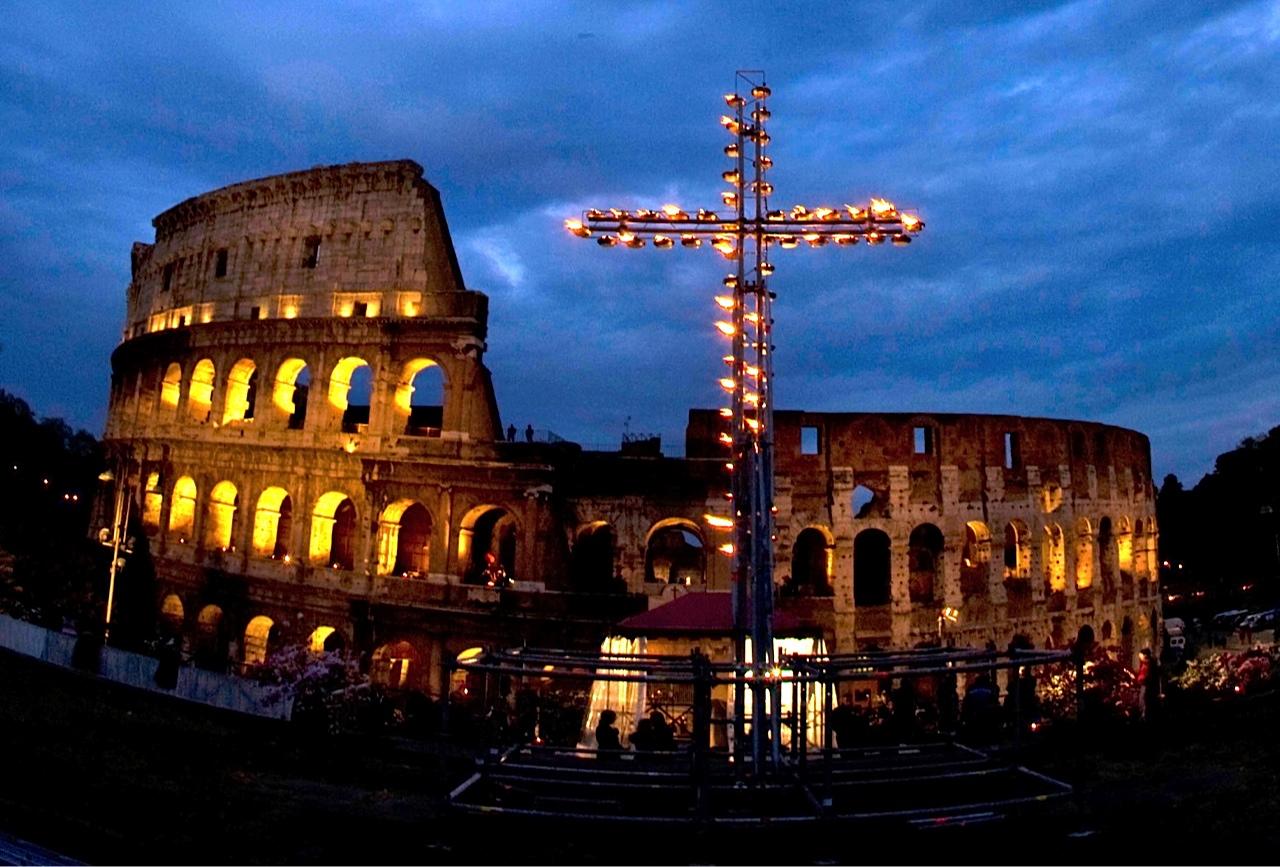 Cool Wallpaper Night Colosseum - colosseum_2  Picture.jpg