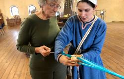 Sapori & Saperi Adventures – Learning card weaving from Giulia, Tuscany
