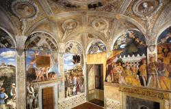 Mantegna - Ducal Palace, View of the west and north walls