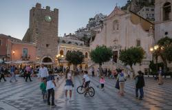 People on the streets in Taormina Sicily