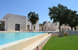 Trullo Belvedere with infinity pool sleeps 8