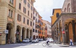 bologna half-day cycle