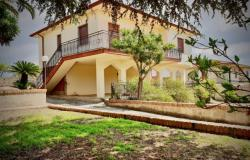 Country Villa with Land to Restore in Modica, Val di Noto 0