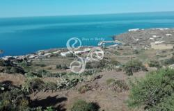 Building plot located in Pantelleria a few steps from the village of Scauri 041-19 0