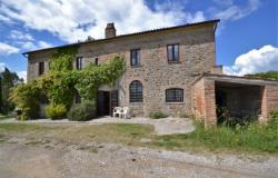 Umbria: Farmhouse with Large Loggia, Terrace and Pool Ref. OR6048M 0