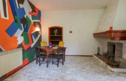 Nice villa of the seventies nestled in the typical Tuscan countryside 14
