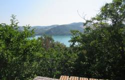 Located on 800 meters to Lake Casoli, famous for fishing, with amazing mountain and lake views, 200sqm, garden and a barn.  0