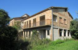 350sqm farm house, 7 bedrooms, with olive grove, 2km to the beach.  0