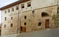Historic Palazzo In The Langhe, Piedmont 4