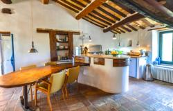 Superb Farmhouse With Views of Valle del Metauro, Le Marche 10