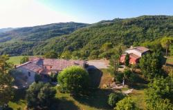Superb Farmhouse With Views of Valle del Metauro, Le Marche 4