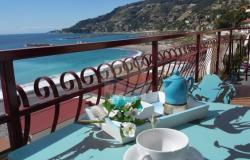 iv1030 Apartment on the sea for sale in Ospedaletti. 0