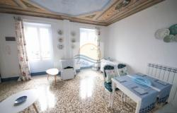 iv1011 Sea view apartment for sale in Bordighera. 0