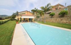 iv966 Villa with swimming pool for sale in Bordighera 0