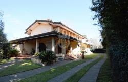 Detached house for sale in Camaiore along the Tuscan Riviera 0