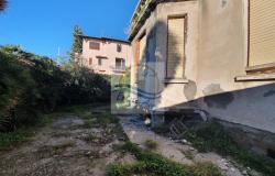 iv1098 Villa to be renovated for sale in Bordighera. 4