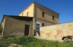 9 bedroom, detached, traditional farmhouse 500 meters from the center of this town famous for its fabulous wine.  0