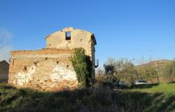 Hill top ruin to build a 300sqm house, with 10,000sqm of land, beautiful views.  4