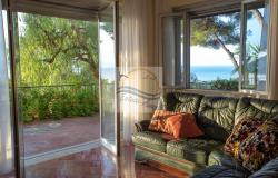 IV1103 Villa with swimming pool and sea view for sale in Bordighera. 10