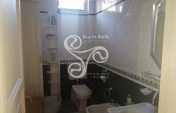 Delightful elegant apartment in the centre of Messina 015-20 9