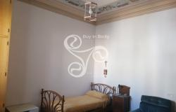 Delightful elegant apartment in the centre of Messina 015-20 11