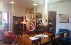 Delightful elegant apartment in the centre of Messina 015-20 5