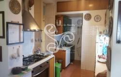 Delightful elegant apartment in the centre of Messina 015-20 6
