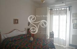 Delightful elegant apartment in the centre of Messina 015-20 8