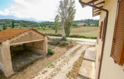 Bevagna, large farmhouse with 20,000 square meters 30
