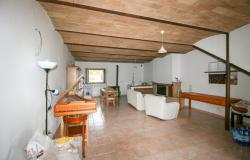 Bevagna, large farmhouse with 20,000 square meters 42