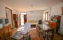 Bevagna, large farmhouse with 20,000 square meters 13
