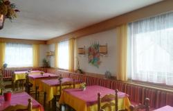 Family-run hotel on the Alpe Cimbra 9